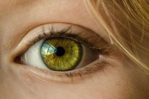 去眼袋哪里好眼袋的形成原因有哪些