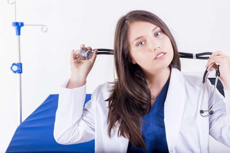 怎么治疗白发治白发要花费多少钱